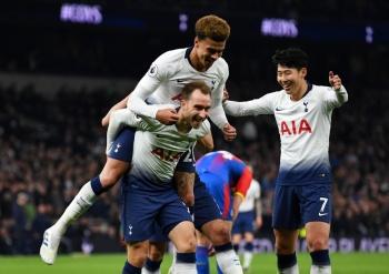 Tottenham celebra inauguración de nuevo estadio con victoria sobre Crystal Palace