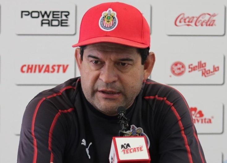 Cardozo rompe el silencio tras su despido en Chivas