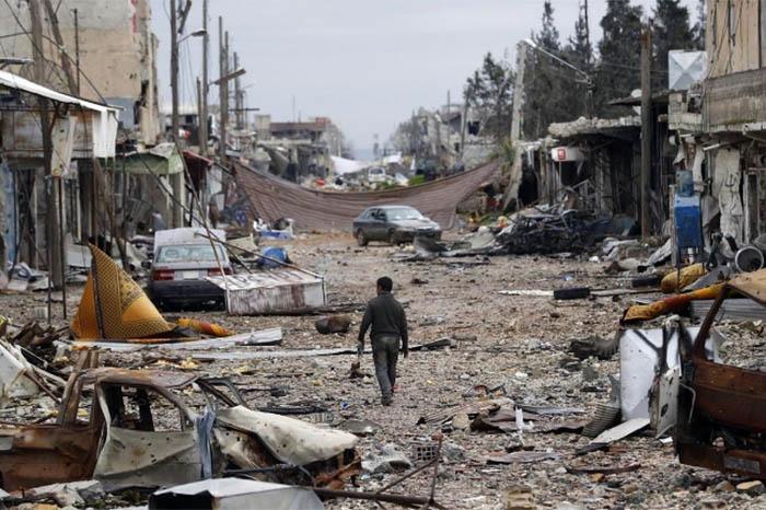 Atentados suicidas dejan 28 muertos en Siria
