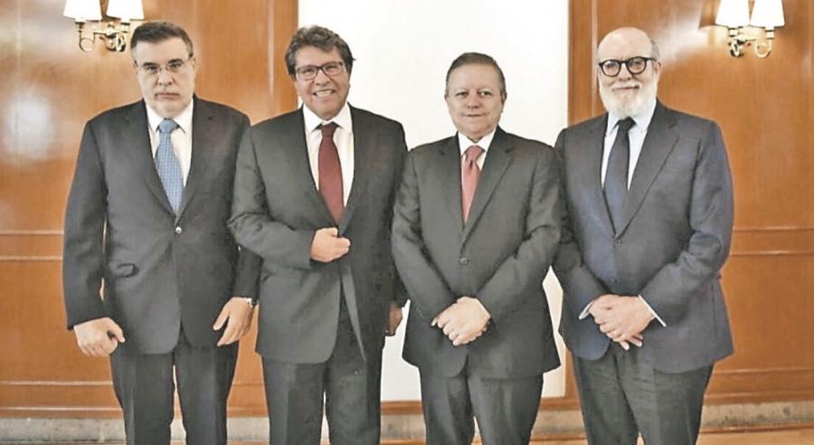 Discuten Zaldívar y Monreal reforma a SCJN