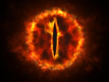 """""""El ojo de Sauron"""" entre los mejores memes sobre la fotografía del agujero negro"""