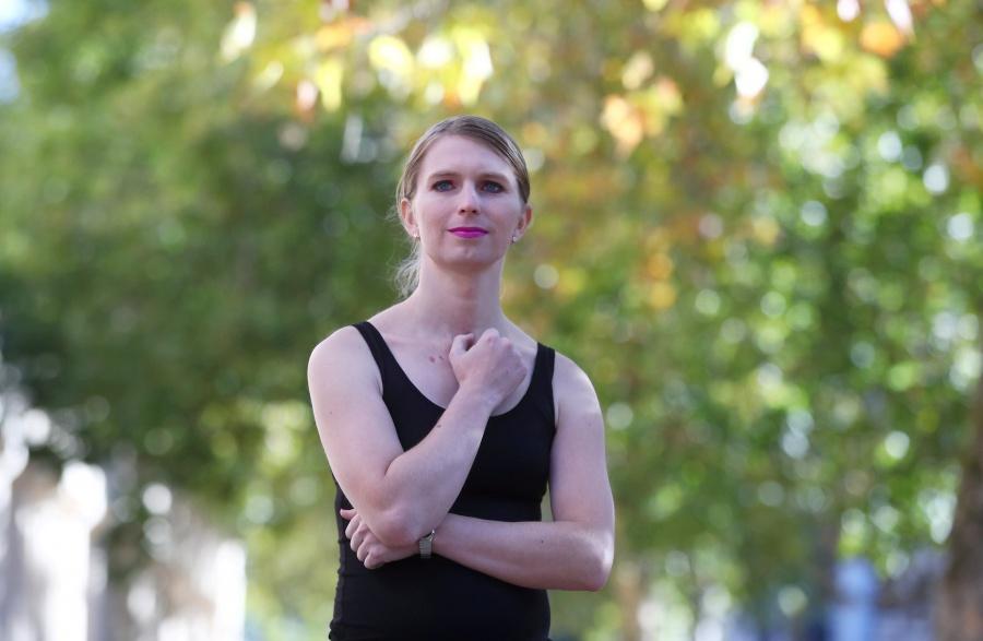 EU acusa a Assange de participar en conspiración de Chelsea Manning