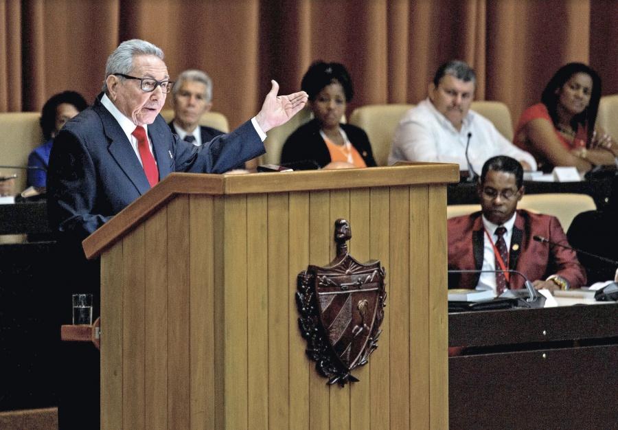 Castro pide a cubanos alistarse para recesión