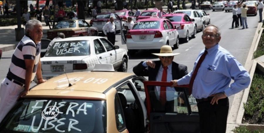 Amagan taxistas con bloqueos en la CDMX