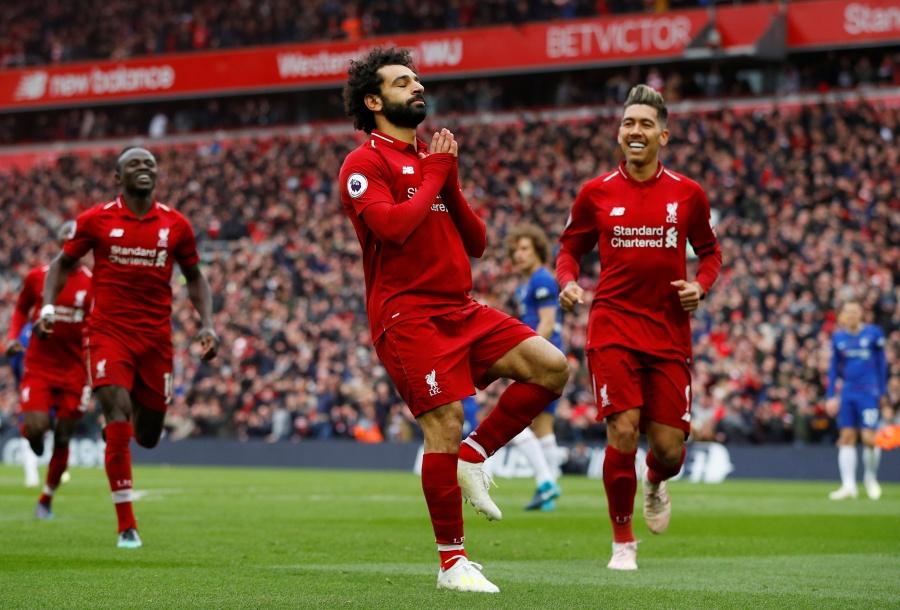 Liverpool derrota al Chelsea y se acerca al título