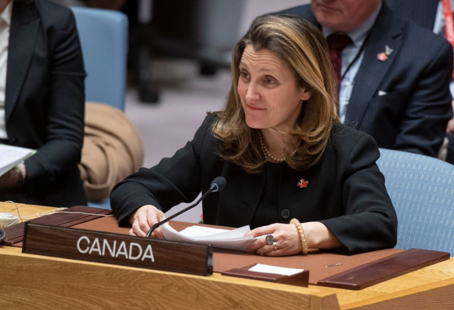 Penaliza Canadá a 43 personas vinculadas a Nicolás Maduro
