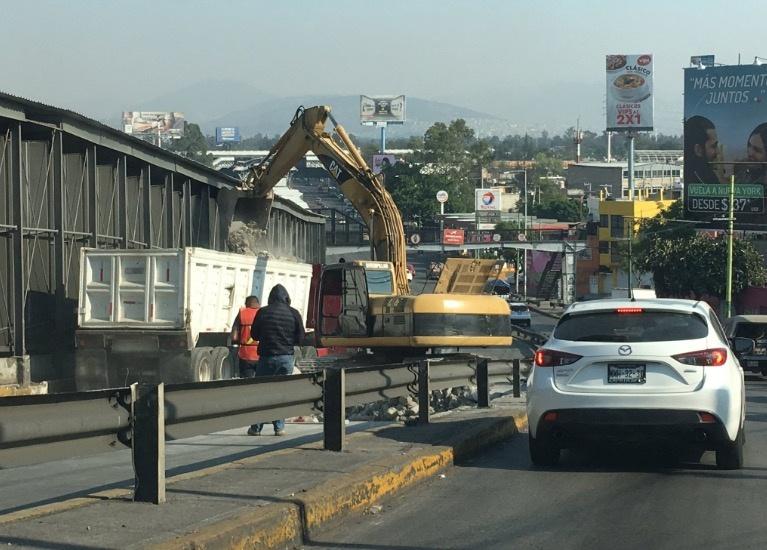Por mantenimiento, cierran carriles centrales de Circuito Interior