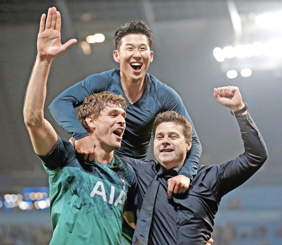 Ajax espera al Tottenham en Champions