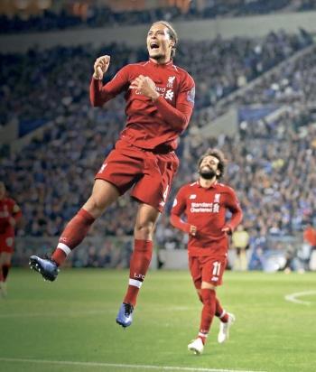 Con seis goles, Liverpool acaba con el Porto de HH y el Tecatito