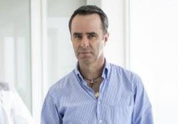 Luis Miguel Salvador podría llegar a Chivas