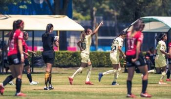 """América femenil """"echa la mano"""" a Pumas con triunfo ante Lobos BUAP"""