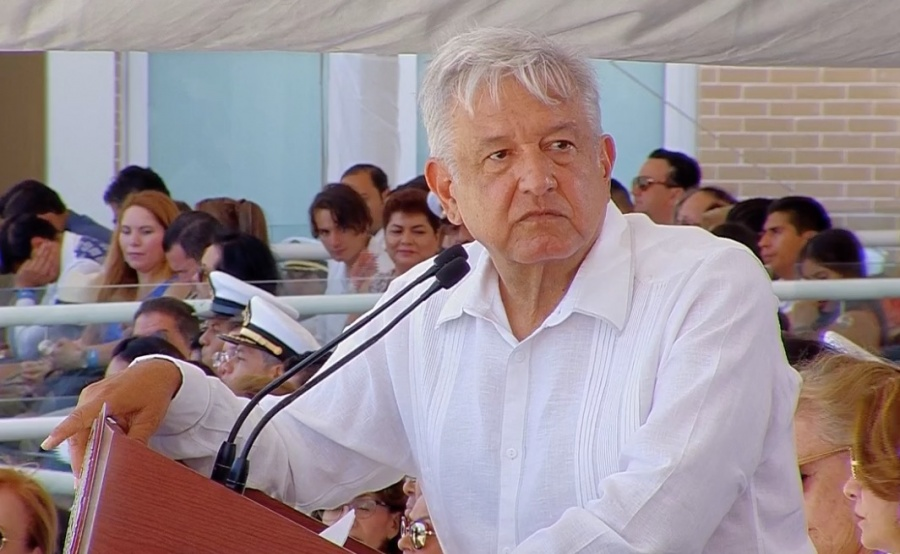 Trabajamos para que haya justicia tras masacre en Minatitlán: AMLO