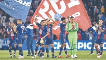 PSG es campeón por octava vez y le restan 6 encuentros
