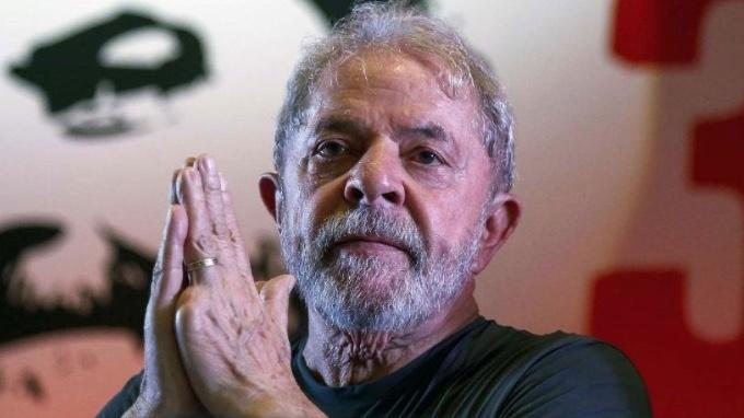 Tribunal reduce sentencia de Lula da Silva