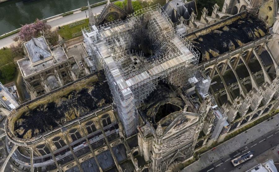 Comienzan trabajos en la catedral de Notre Dame