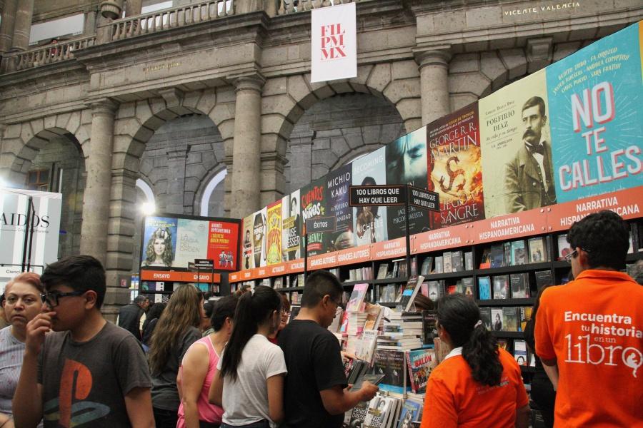 Bajan lectores en México: Inegi