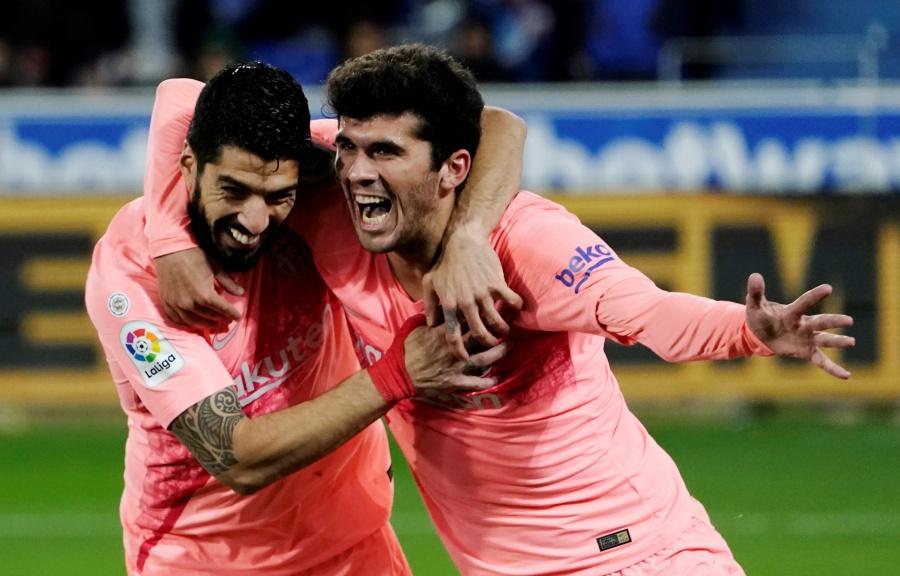 Barcelona vence al Alavés y está a un paso de ganar LaLiga