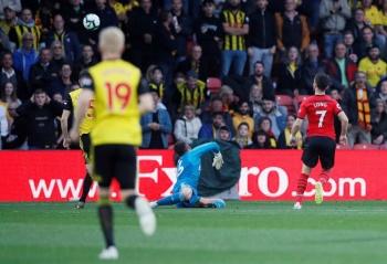 Shane Long anota el gol más rápido en la historia de la Premier League