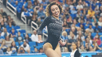 Katelyn Ohashi se luce en última rutina con la UCLA