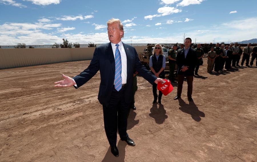Acusa Trump a soldados mexicanos de apuntar a Guardia Nacional