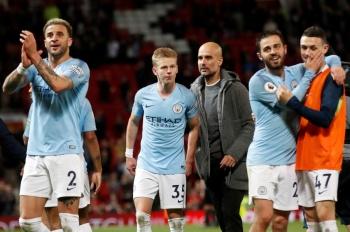 El City ya huele la Premier tras vencer en el derbi al United