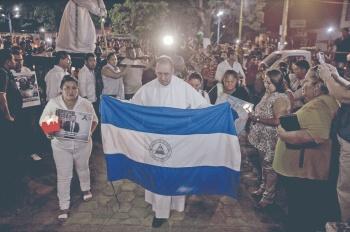 Papa asila a un obispo perseguido por Ortega