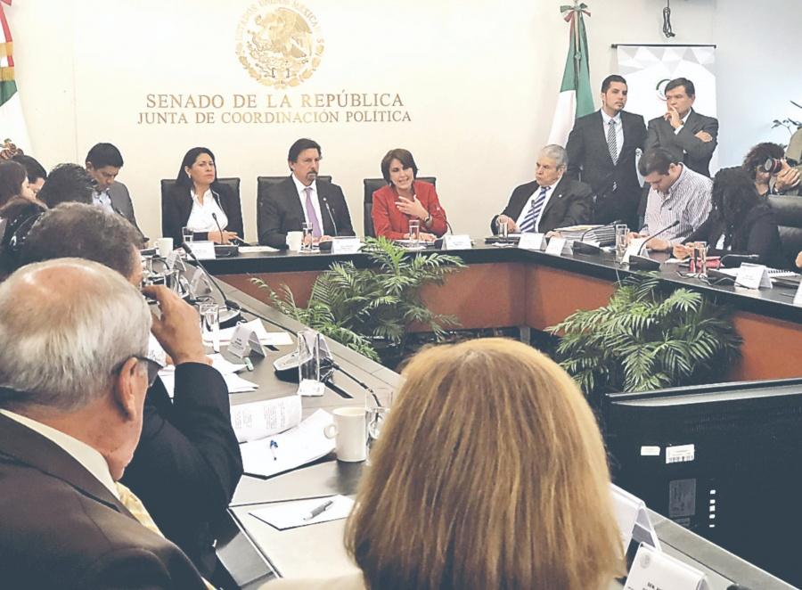 Aprueban en Comisiones del Senado la Reforma Laboral