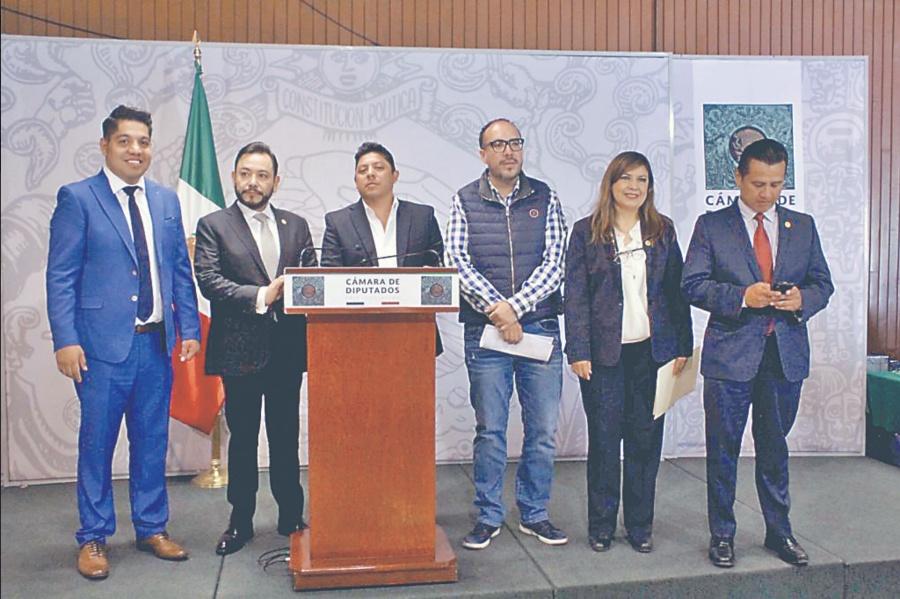 Serrano apoya el trabajo educativo de Moctezuma