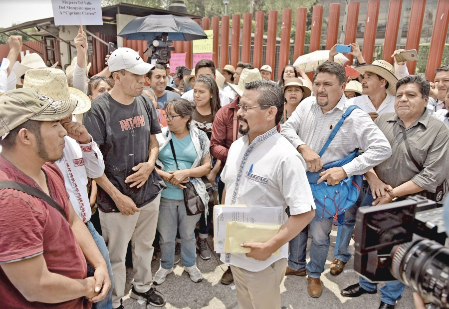 Se convierte Charrez en el décimo político en ser desaforado