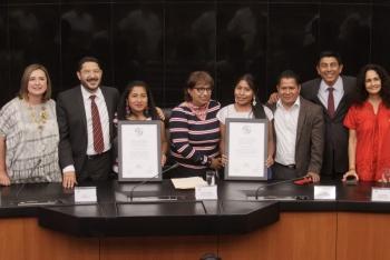 Senado entrega reconocimientos a Yalitza Aparicio y Nancy García