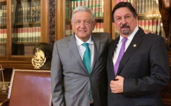 López Obrador califica de injusticia, el exilio que vivió Gómez Urrutia