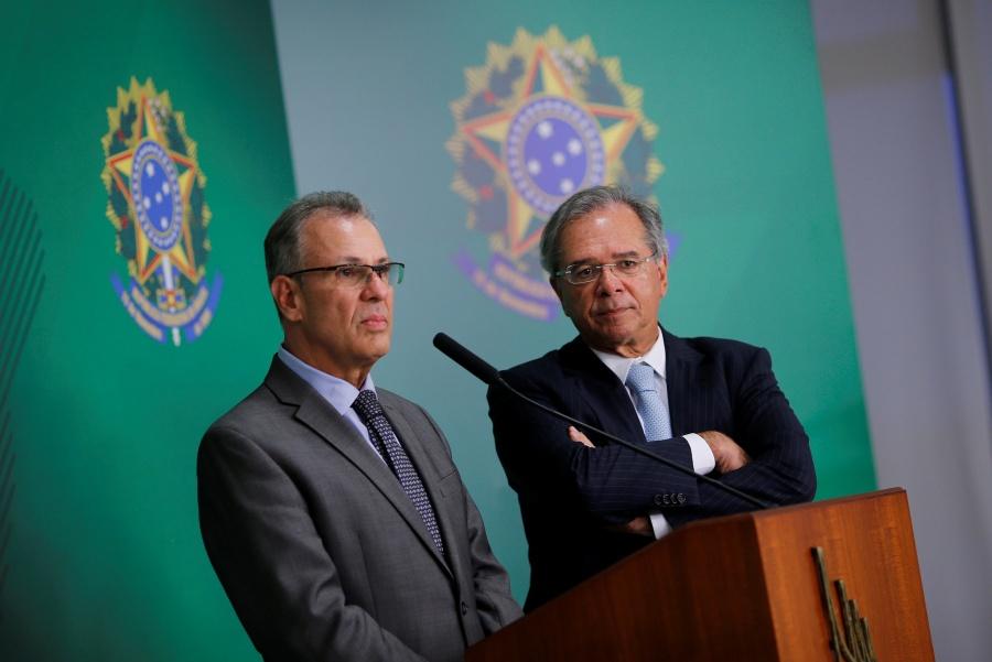 Bolsonaro no descarta la privatización de Petrobras, afirma ministro