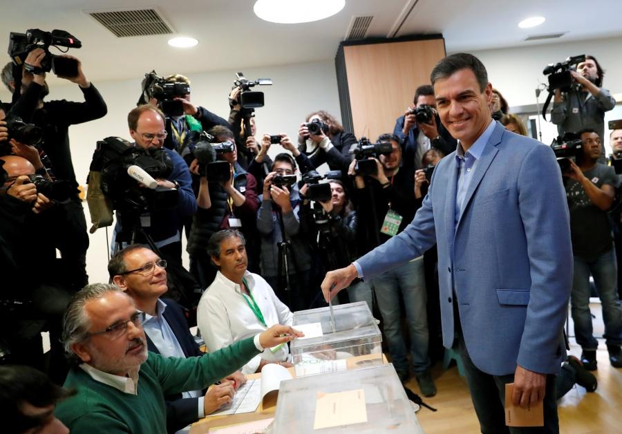 Sondeos dan victoria al PSOE en las elecciones generales de España