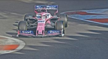 Checo Pérez finaliza como sexto en GP de Azerbaiyán