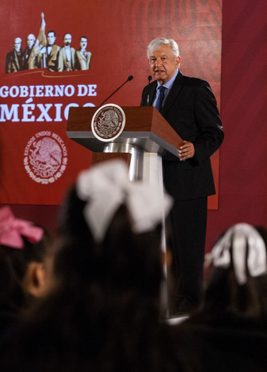 """Pide López Obrador a jueces en los estados """"rebelarse"""" a los gobernadores"""