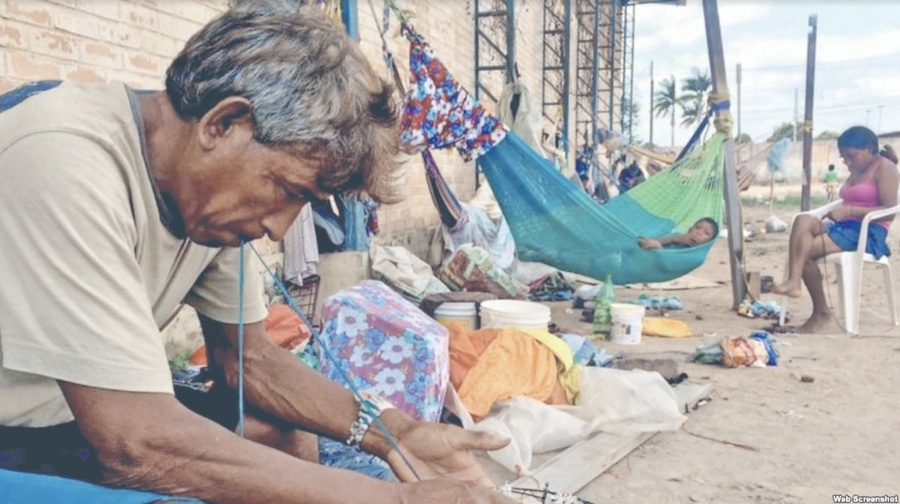 Indígenas huyen de Maduro; van a Brasil para no ser arrestados