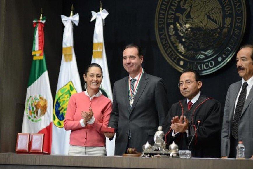 """Sheinbaum asiste a la entrega de la presea """"Ignacio Manuel Altamirano"""""""
