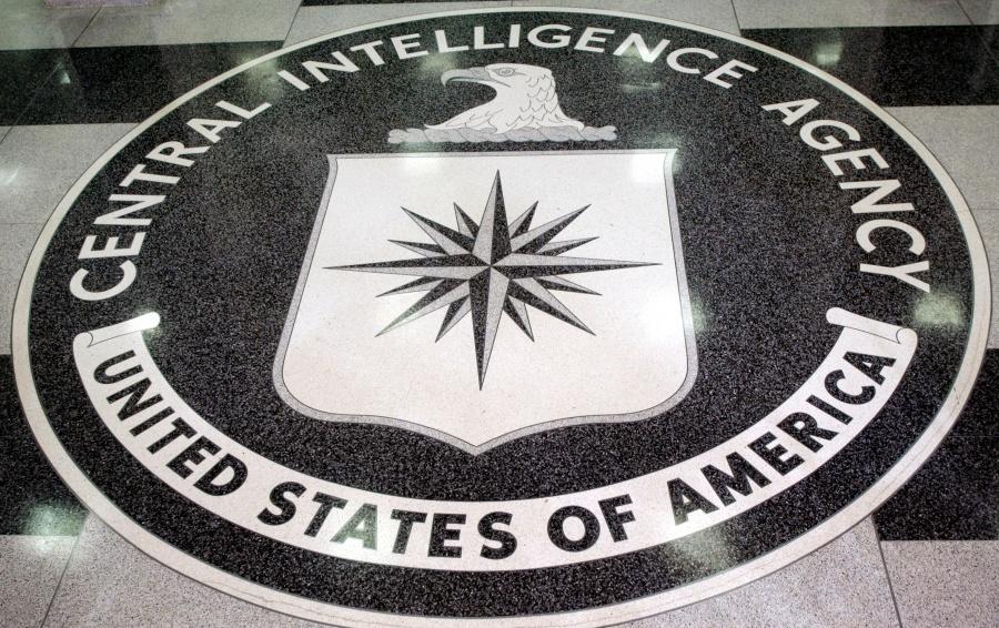 Exagente de la CIA admite haber sido espía de China