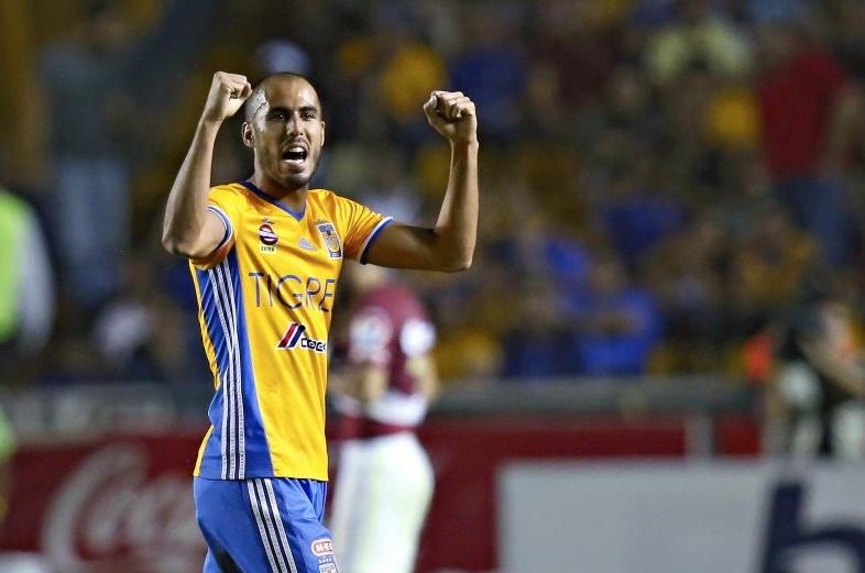 Por burlas, Guido Pizarro advierte a jugadores de Rayados