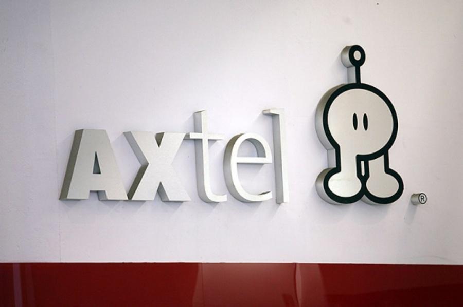Axtel vende negocio de fibra óptica a Megacable