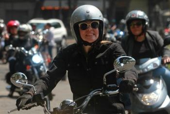 Celebran con rodada, el Día de la Mujer Motociclista en CDMX