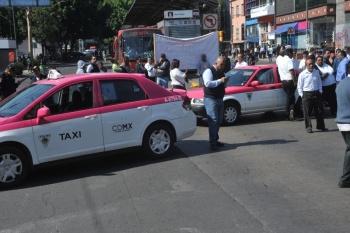 Taxistas anuncian paro y cierres viales en CDMX