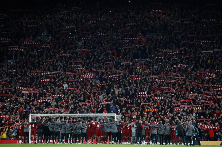 En Anfield, el Liverpool nunca caminará sólo