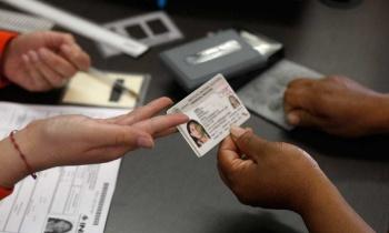 Llama INE a poblanos en el extranjero a enviar su voto a tiempo