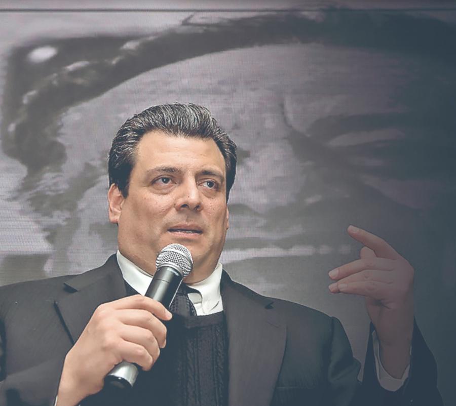 CMB destaca el momento que vive Canelo Álvarez