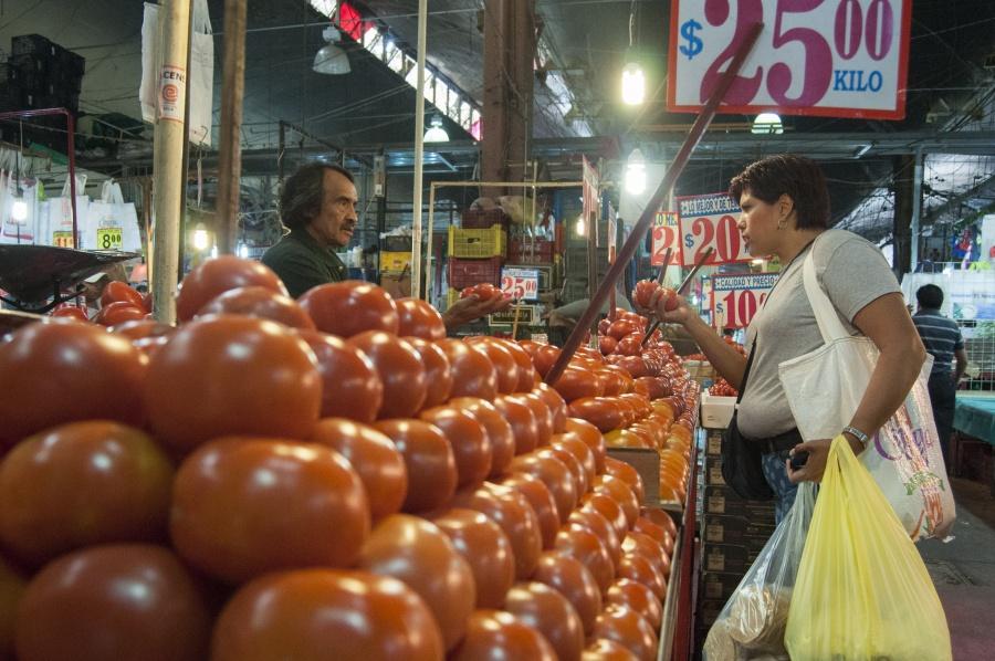 Arancel a tomate mexicano pone en riesgo al agro mexicano