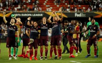 Arsenal destroza al Valencia y va a la final de la Europa League