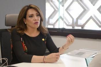 Urgente que autoridades federales y estatales actúen para solucionar problema del sargazo: Adriana Teissier