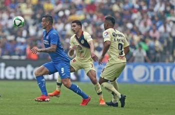 Cruz Azul gana clásico joven; América se va a semifinales