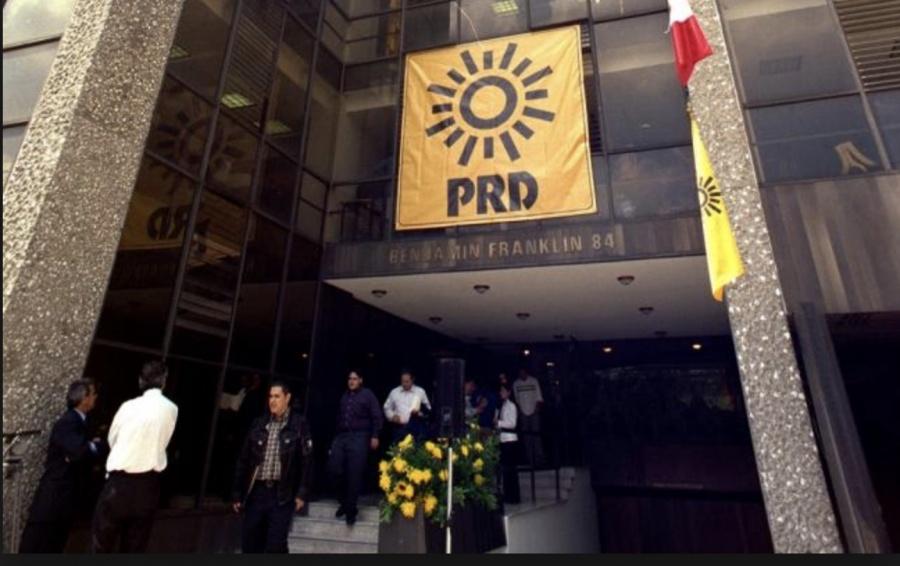 PRD busca amparo masivo para pacientes de VIH